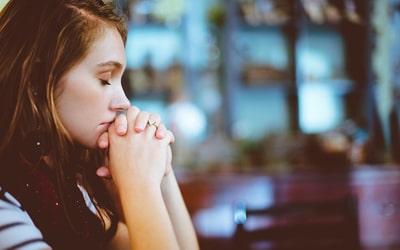 Молитва та заговір, щоб закохати хлопця